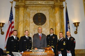 Sen. Williams and Navy Soldiers (03-05-09)